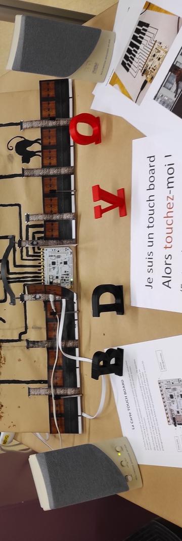 Matinée numérique du Nouv'Labo : Robotique et électronique (TouchBoard)  